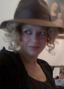 Ana sombreo marrón
